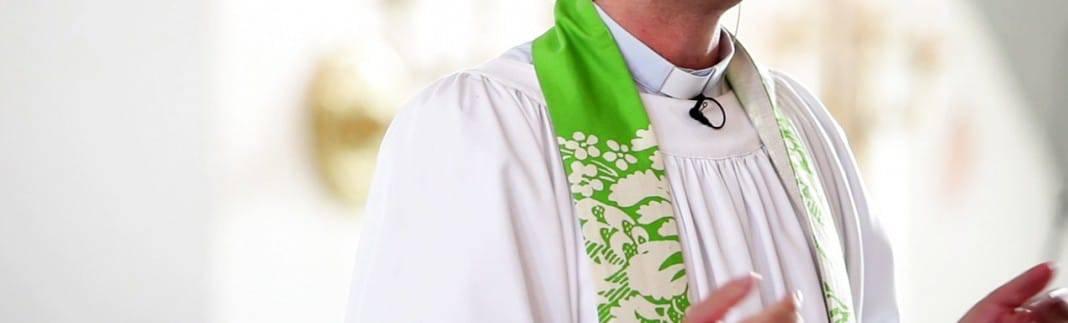 Präst vid dop